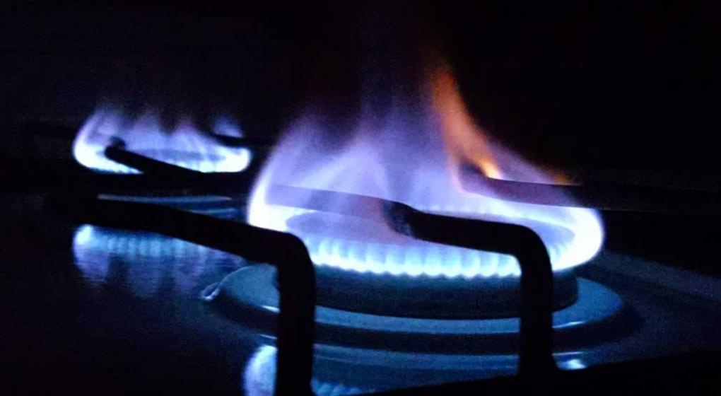 El Gobierno volvió a diferir hasta febrero el aumento del gas