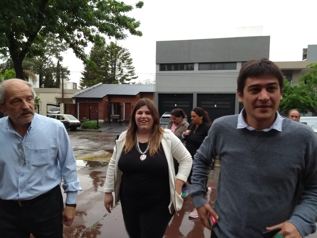 Ciminelli llegó a votar acompañado de Martín Carnaghi