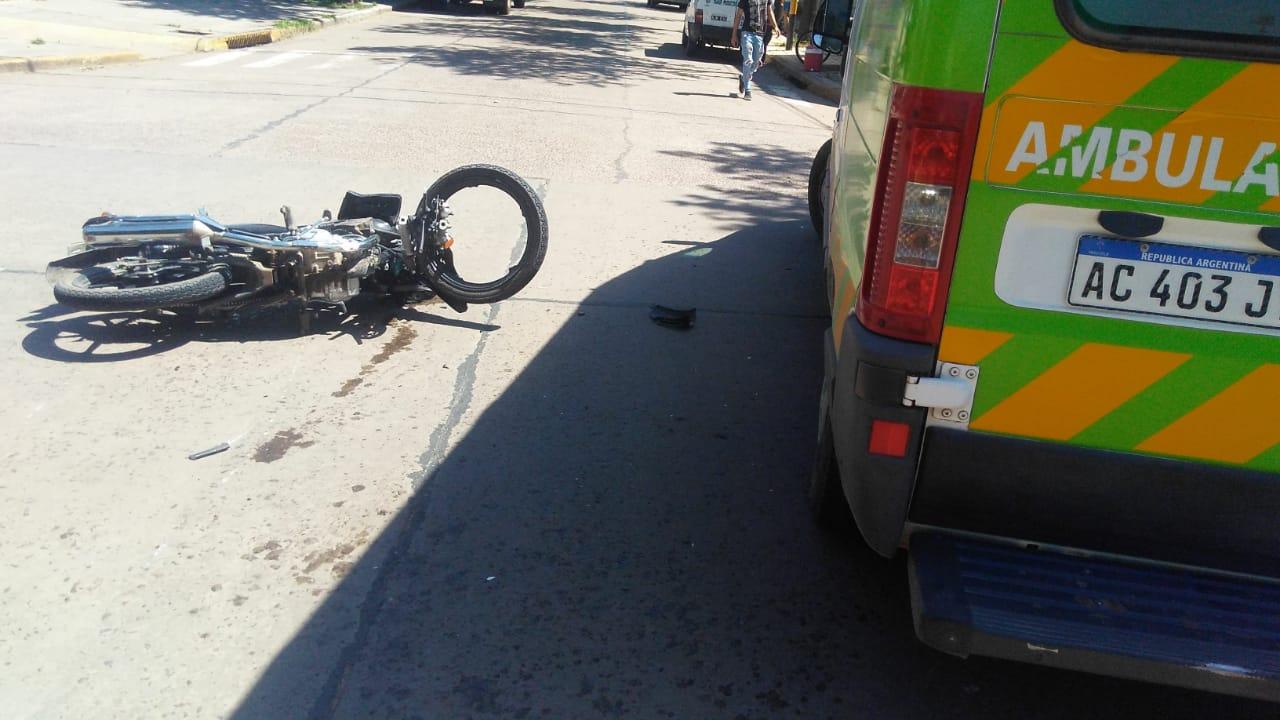 Accidente de tránsito | Dos mujeres al hospital