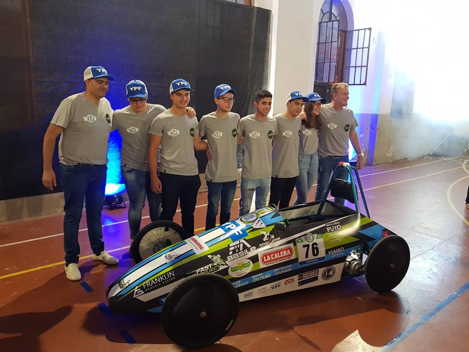 Se presentó oficialmente el auto eléctrico de la Escuela Técnica Nº 1