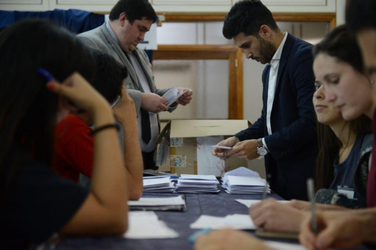 Las 17 facultades de la UNLP eligieron a sus Centros de Estudiantes