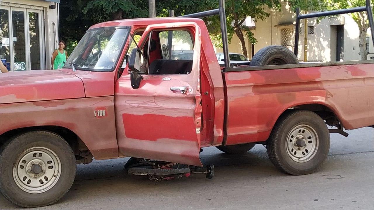 Mujer herida en grave accidente de tránsito